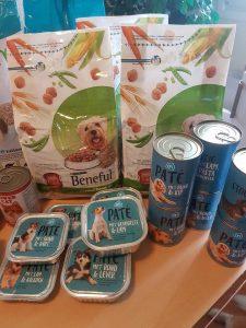 inzamelpunten-hondenvoer-ndjoy-hulp-honden-baasjes4