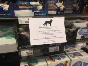 2018-09-voerinzamelactie-ah-albert-heijn-cuijk-ndjoy-hulp-honden-baasjes4