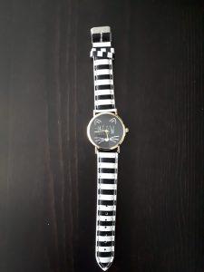 winactie-kattenherplaatsing-horloge-opbrengst-ndjoy-loterij